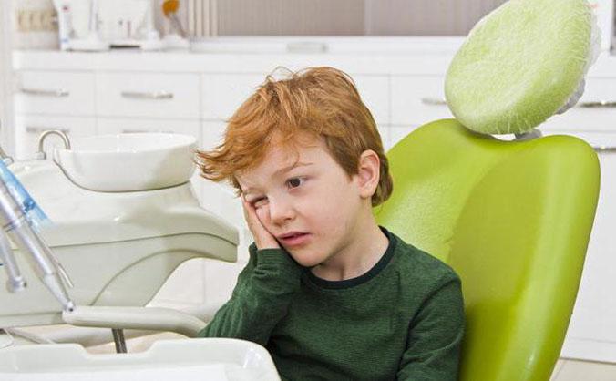 болит зуб у ребенка при пульпите